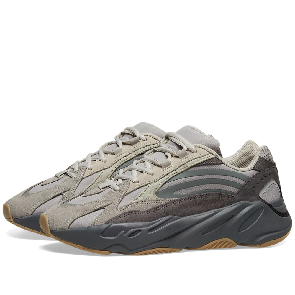 pretty nice fd97e 811b8 Adidas Yeezy Boost 700 V2 Tephra Review – Fashionsneakers.club