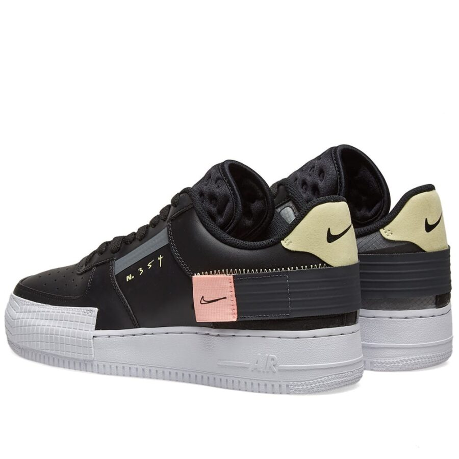 Nike Air Force 1 Type Black