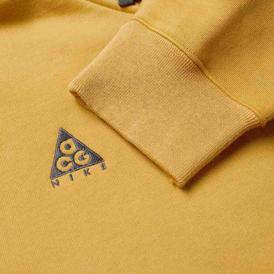 Nike ACG NRG Pullover Hoodie in Wheat